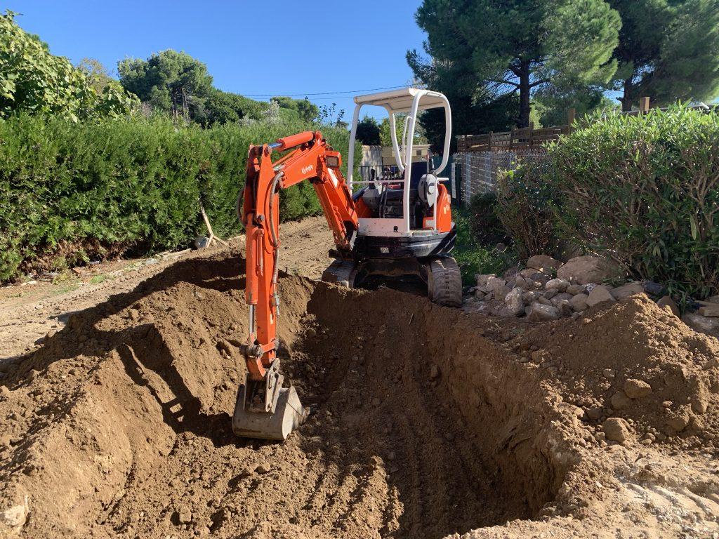 terrassement et travaux publics mini pelle chantier